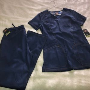 XS Navy blue dickies scrubs set